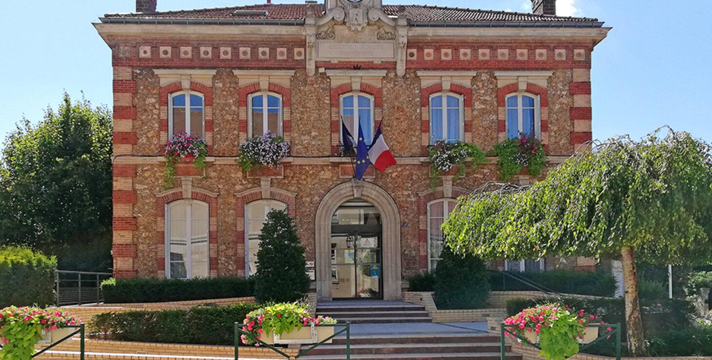 façade de la mairie de Noisy-le-Roi